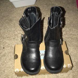 Little girl boots